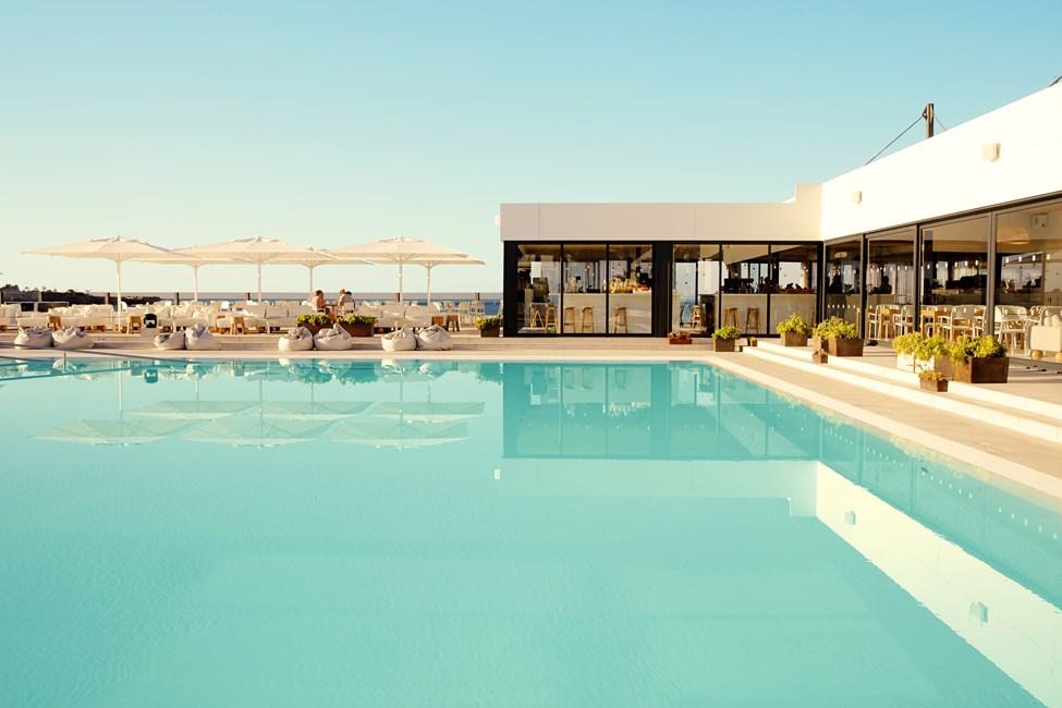 Läckert poolområde på Ocean Beach Club – Gran Canaria
