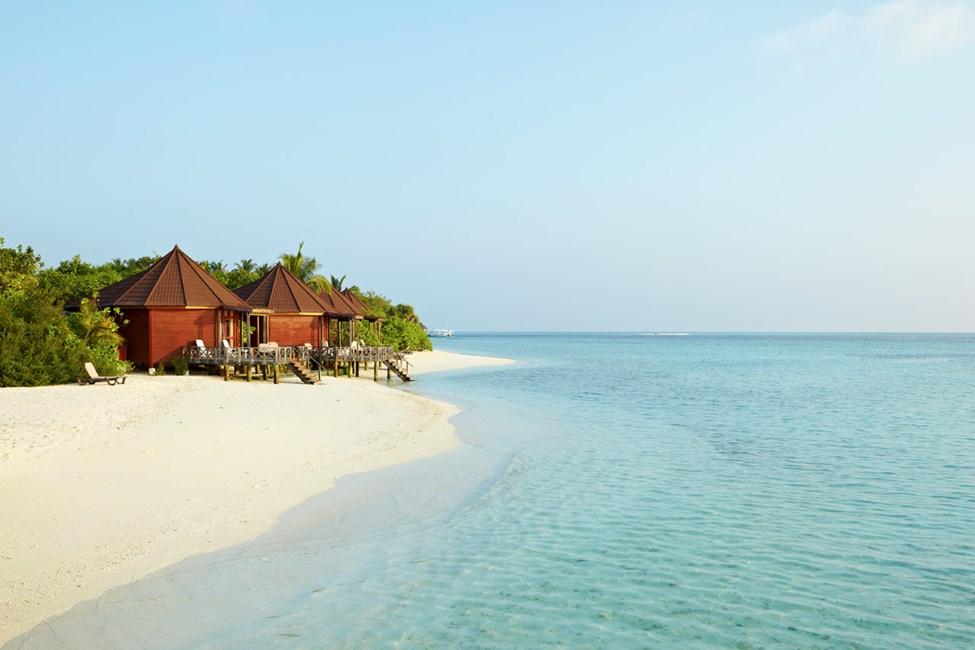 Komandoo Island resort - Beach Villas