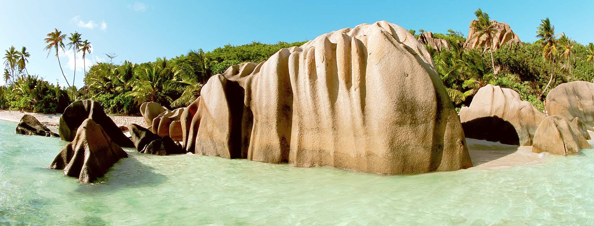 Boka din resa till La Digue i Seychellerna med Ving